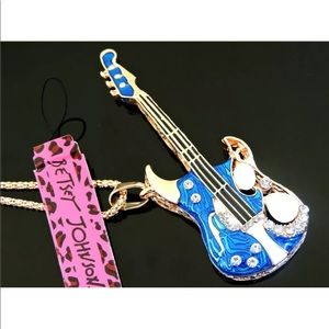 Awesome Betty Johnson Stratocaster necklace J54